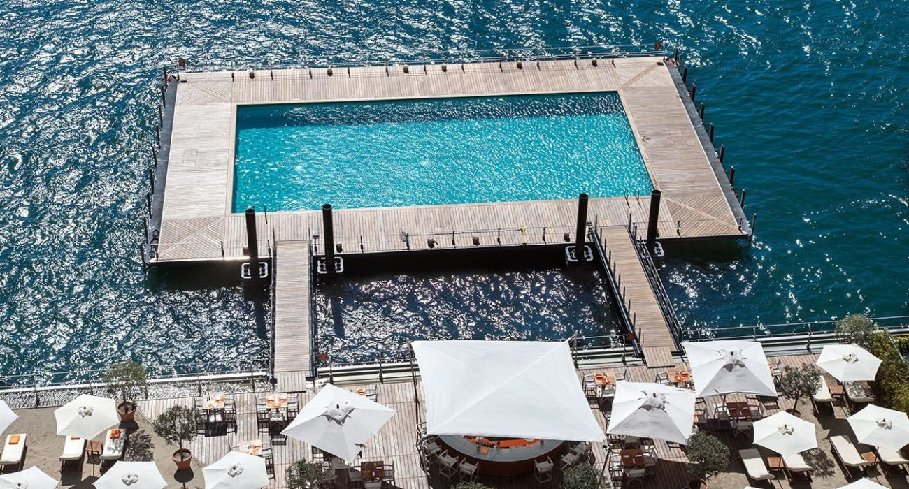 At the Grand Hotel Tremezzo discover an entire world of temptations: 3 breathtaking pools, one floating on the lake, with a lakefront classic-style lido.